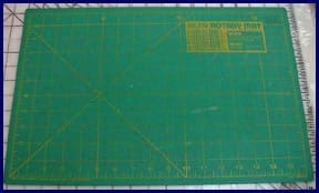 Cutting Board for Fabric - LearnHowToQuilt .com Explains : cutting fabric for quilting - Adamdwight.com
